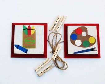 Child's Artist Pallet, paint brush and crayons-artwork display hanger