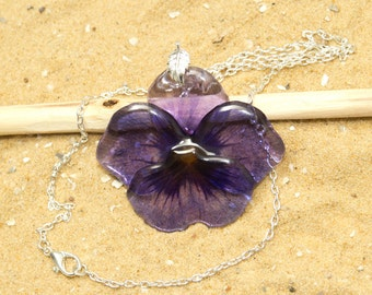 Pansy necklace. Comes in a jewellery box. Purple flower necklace.