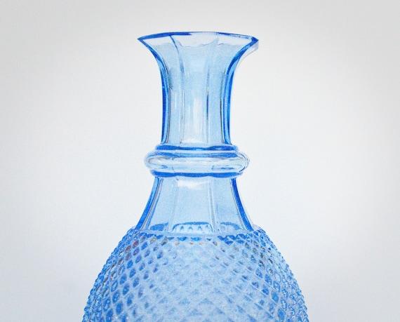 pointe de diamant bleu cobalt coup carafe en verre vase. Black Bedroom Furniture Sets. Home Design Ideas