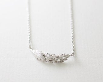 leaf necklace // silver