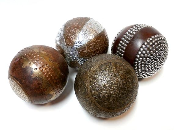 Vintage solid wood decorative balls by midnightandmagnolias