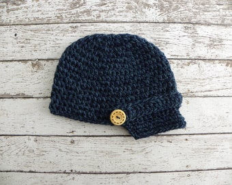 Crochet newsboy hat made in denim twist. Newborn baby boy photo prop newsboy beanie hat. Newsboy hat photo prop.