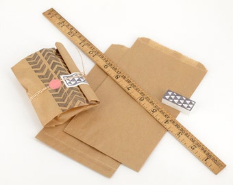 """50 Brown Paper Bags - Expandable flat bags - Made of recycled Kraft paper - 115x195mm (4 1/2""""x7 5/8"""")"""