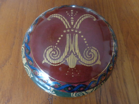Vintage Ceramic Decorative Greek Inspired 2 Piece Covered