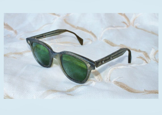 Vintage Army Green Adjusting Arm glasses/eyewear Welding