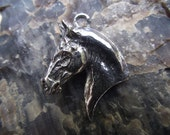 Horse pendant ONLY PEWTER horse jewelry Zimmer DIY use for beadwork!