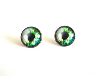 18mm Green Cat Eye Stud Earrings, Green Cat Eye Earrings, Cat Eye Post Earrings, Green Cat Eye Studs, Green Eye Jewelry, Green Eyes Earrings
