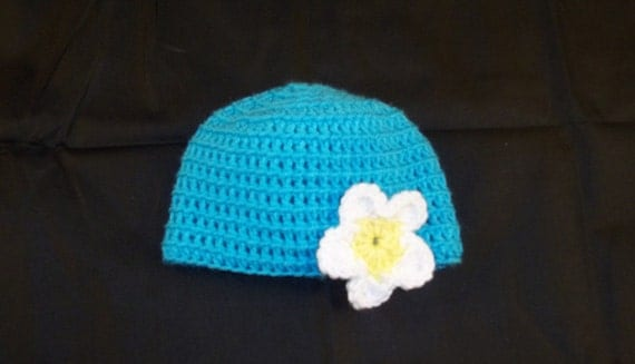 3 to 6 Months Sized Crochet Turquoise Hat with White Flower - Crochet Baby Hat Blue
