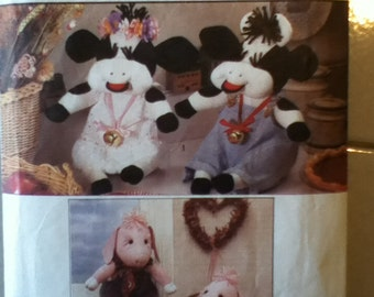 Simplicity Cows and Pigs Craft Pattern 9228