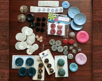 Variety of 70 Vintage Buttons