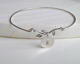 Leaf Bangle, Silver Leaf Bangle, Bridesmaid Gifts, Branch Bangle, Friend Gift, British Seller UK, Leaf Bracelet, Initial Leaf Bracelet
