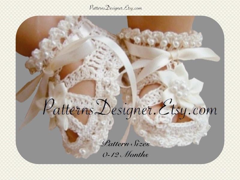 Free Crochet Pattern Christening Shoes : NEW 332 CROCHET CHRISTENING BABY BOOTIES PATTERN baby ...
