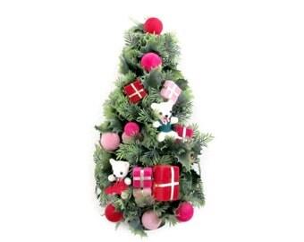 Vintage Christmas Tree, 1960's Hanging Christmas Tree, Plastic Christmas Tree Wall Hanging, Christmas Kitsch, Christmas Decor, Mid Century