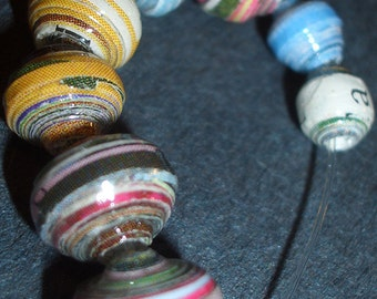 Round Paper Beads in Lots of 100, 500 and 1000 Made from Upcycled Magazines