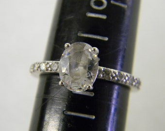 Beautiful Sterling Silver 925 CZ Oval Ring, Ring is size 9 #5583