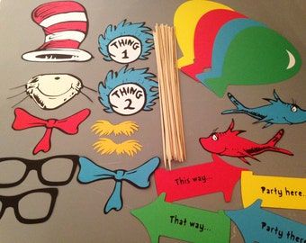 20 pc Cat in the Hat Photobooth Props, Dr. Seuss Photo Props, 20 pieces, Dr Seuss party