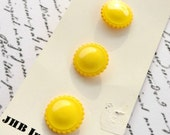 "Vintage Yellow Round Buttons, 3 on Card, 5/8"", Sewing Notions, Acrylic, Glossy"