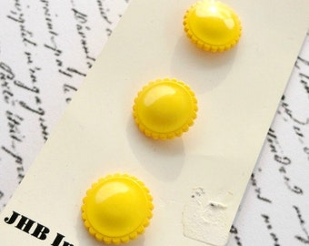 """Vintage Yellow Round Buttons, 3 on Card, 5/8"""", Sewing Notions, Acrylic, Glossy"""