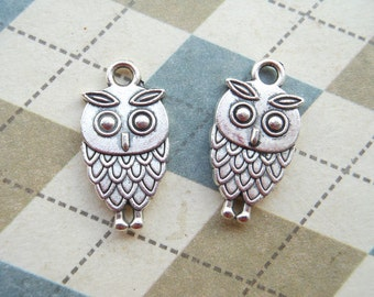 50 pcs Antique Silver Lovely Owl Charms Double Sided 9mmx15mm