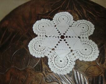 handmade crochet round vintage doilies