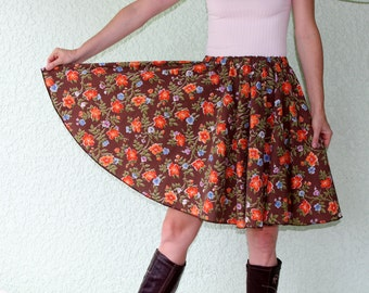 Vintage Tablecloth Circle Skirt - DAINTY Flowers & Leaves COLORFUL