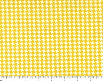 Sale! Yellow and White Houndstooth Fabric  - 1 yard