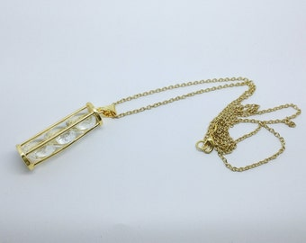 Glass column necklace