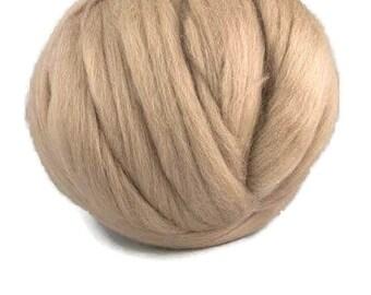 Merino  wool roving 19 microns ,Color:Earth