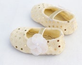 Baby Girl Shoes, Baby soft sole shoes, Newborn Shoes, Toddlers girls Shoes, gold ruby baby shoes, baby costumes.