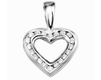 Sterling Silver Beautiful Heart Shaped Fashion Pendant with Cubic Zirconia