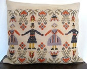 Danish vintage handmade pillow w. folk embroidery, cream wool, traditional Norwegian style