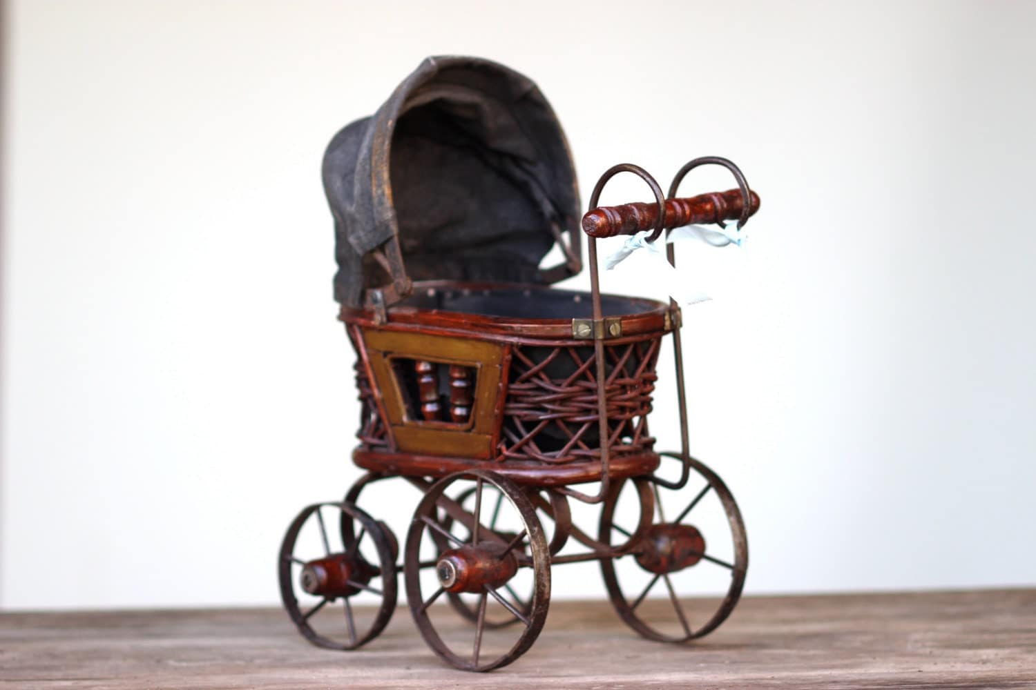 Vintage baby carriage home decor doll buggy with turning for Baby carriage decoration