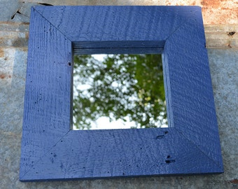 Item 1029: Wood framed mirror. Finished size is 12.250 in x 12.375 in.