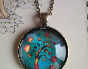 tree of life picture pendant