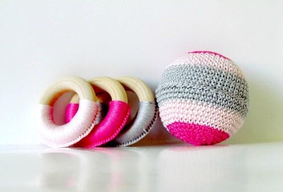 Baby girl Gift Set / 3 Teething Rings and A Crochet Ball / Baby Girl Shower Gift / 1st Birthday gift for Baby Girl / Baby Girl Eco Toys