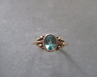 14Kt Gold Apatite Ring