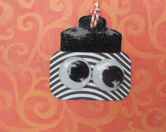 Monster in a Jar, Halloween Tag, Mason Jar Tag, Creepy Tag, Treat Tag, Gift Tag, Holiday Tag, Halloween