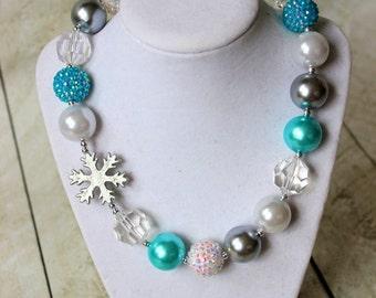 Frozen bubblegum chunky necklace for girls Disney snowflake winter necklace Aqua white silver beaded girl necklace Frozen birthday Elsa set