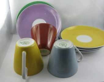 Kahla porcelain: 3 coffee cups and 5 saucers. Colorful porcelain from the GDR. Vintage