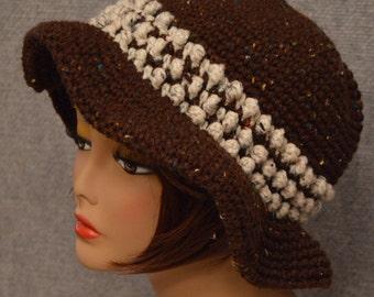 Womans Popcorn Stitch Brim Hat in Brown