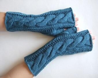Knitted of 100 % soft MERINO wool. TEAL fingerless gloves, fingerless mittens, wrist warmers. HANDMADE.