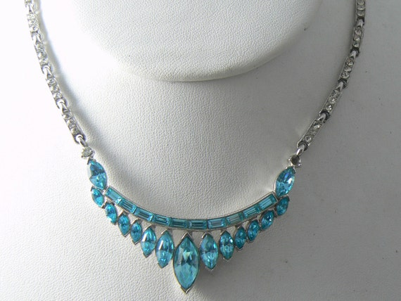 Vintage bogoff ice blue crystal necklace unique vintage for Bogoff vintage costume jewelry