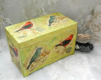 Wood box Bird Rustic Jewelry box Wedding box Bridal ring box trinket keepsake storage Country decor Bridal shower gift Christmas gift