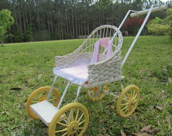 Vintage doll carriage, baby carriage, wicker stroller, baby buggy, photo prop, doll furniture, white wicker, babby shower card holder