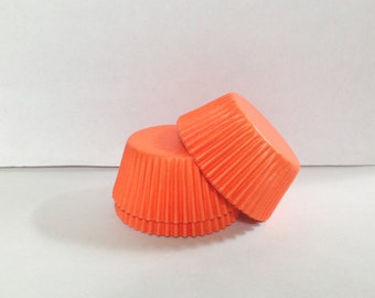 75 count - Grease Resistant Orange standard size cupcake liners/baking cups