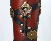 Steampunk Kiernan Keys Leather Bracer - SkyPirateCreations