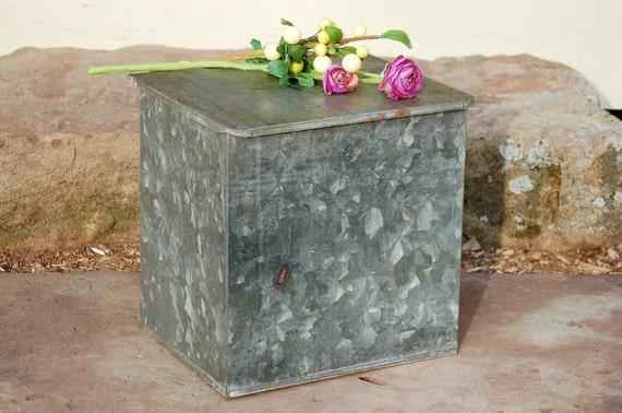 vintage galvanized metal milk box rustic porch milk box. Black Bedroom Furniture Sets. Home Design Ideas
