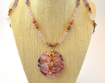 """Shell & Rhodonite necklace """"Sister"""""""