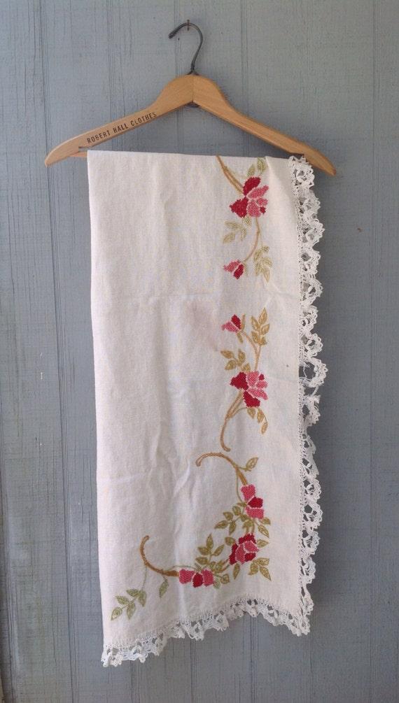 vintage linen floral embroidered lace trim mantel scarf
