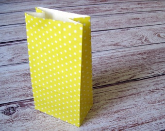 Party Favor Bags-10 YELLOW Polka Dot SMALL Lunch Sack-Dotted Party Favor Bags-Wedding Gift Bag-Polka Dot Birthday Treat Bag-Lemon Goodie Bag
